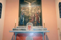 Décoration d'une église, autel en imitation de marbre, peinture de la crucifixion, Chambéry.