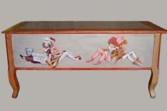 Meuble peint patiné.